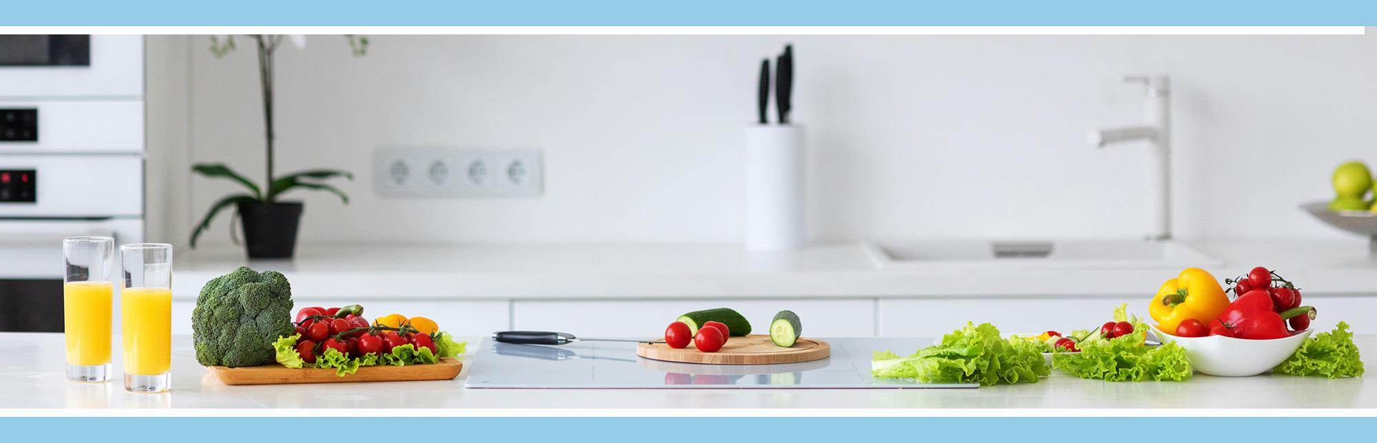 Imagen de una cocina con comida sana de Reto 3K